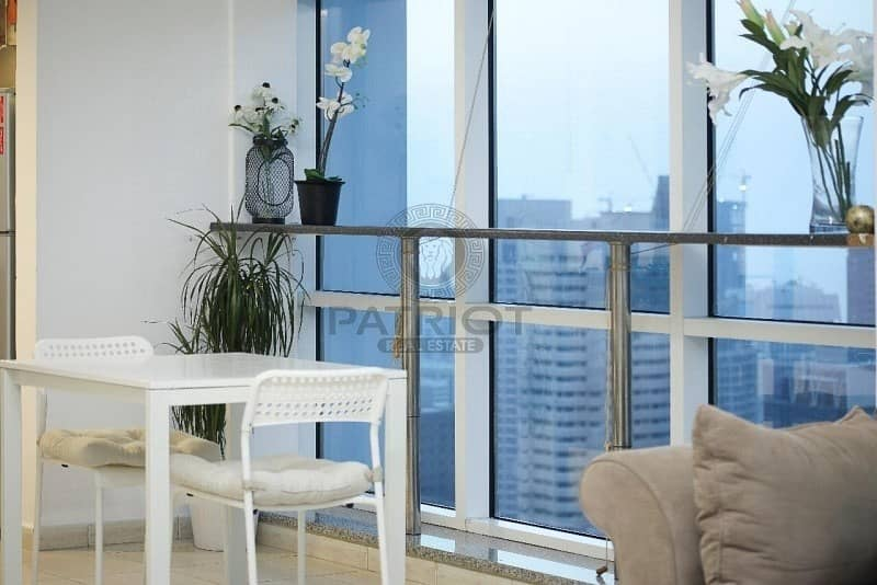 Best ever view 1 Bedroom apartment lake terrace Lake view.