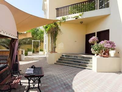 فیلا 7 غرفة نوم للايجار في أم الشيف، دبي - Exclusive Renovated 7 BR villa | Umm Al Sheif