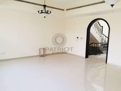 فیلا 4 غرفة نوم للايجار في البرشاء، دبي - Amazing 4BR compound in Al Barsha one Close to MOE