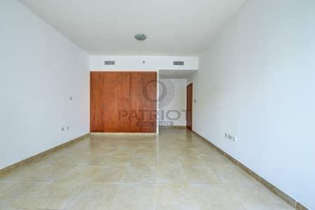 2 Bedroom Flat for Rent in Dubai Marina, Dubai - Un-Furnished Spacious 2 Bedrooms Apartment Dubai Marina