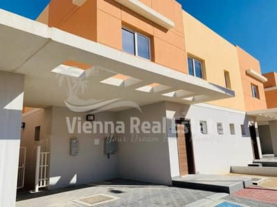 3 Bedroom Villa for Rent in Al Samha, Abu Dhabi - Single Row 3BR+Maidroom HUGE Villa RENT