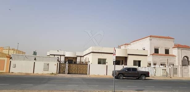 7 Bedroom Villa for Sale in Muhaisnah, Dubai - For sale Villa with 7 Bedrooms in Al Muhaisnah 3rd.