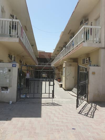 Labour Camp for Sale in Al Quoz, Dubai - For Sale 45 Rooms/Labor camp/good location in Al Quoz Indl Area 4.