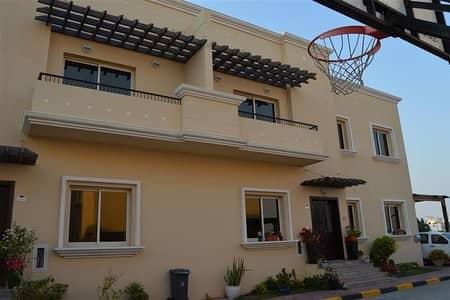 فیلا 3 غرفة نوم للايجار في البرشاء، دبي - فیلا في البرشاء 1 البرشاء 3 غرف 150000 درهم - 4296406