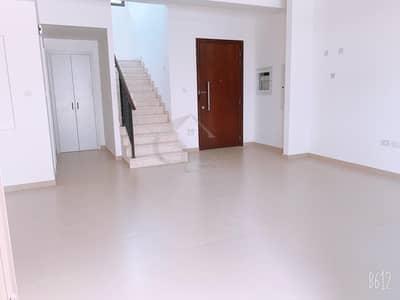 تاون هاوس 3 غرفة نوم للايجار في تاون سكوير، دبي - Brand New Single Row Type 9 3 Br With Maids Room