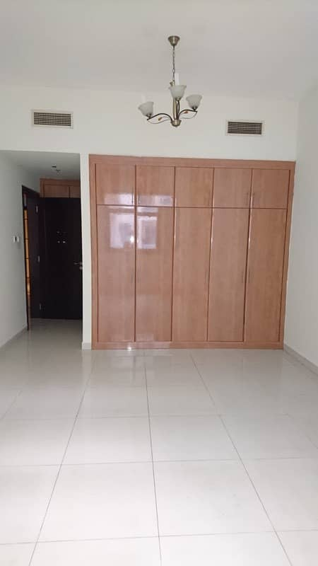 شقة في النهدة 2 النهدة 1 غرف 50000 درهم - 4181365