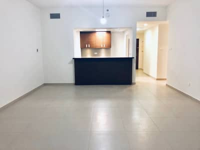 2 Bedroom Apartment for Rent in Al Reem Island, Abu Dhabi - Modern & Bright 2BR with Maids Room in Gate Tower 1