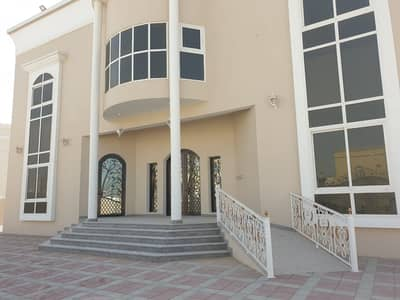 4 Bedroom Villa for Rent in Al Quoz, Dubai - Beautiful 4 Bed Room Villa For Rent AL Qouz