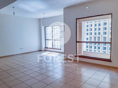 3 Bedroom Apartment for Rent in Jumeirah Beach Residence (JBR), Dubai - Spacious 3 Bedroom with Partial Sea view | Vacant