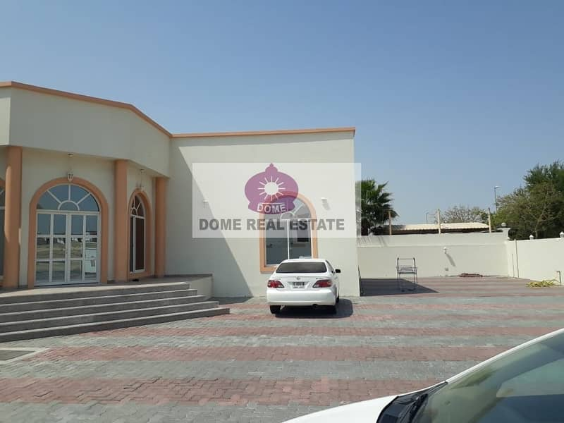 Beautiful 4 bedroom Single Storey Villa Available for Rent - Oud Al Muteena -2 Second