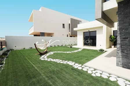 4 Bedroom Villa for Sale in Yas Island, Abu Dhabi - Exclusive offer No Service Charge for 10 Years