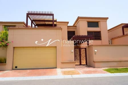 3 Bedroom Townhouse for Rent in Al Raha Golf Gardens, Abu Dhabi - Smart And Secure In A Sensational Setting w/ 2 Chqs
