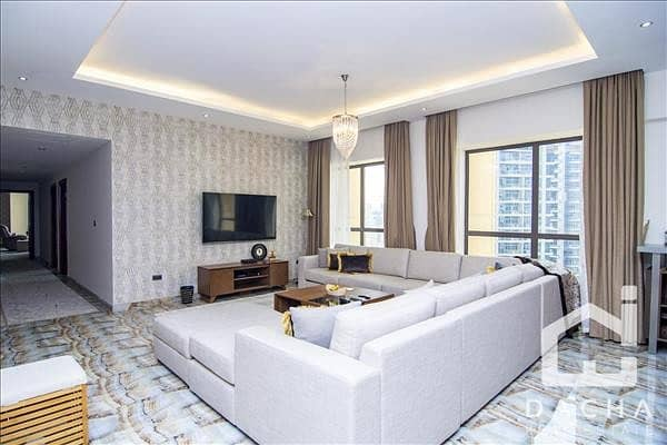 2 Modern 4 BR//Fully renovated // Immaculate conditions