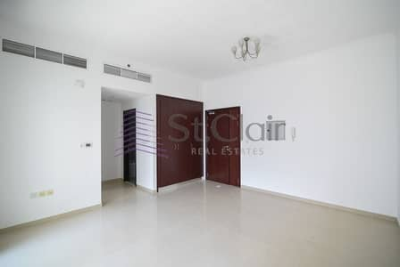 Studio for Rent in Dubai Marina, Dubai - Upgraded Studio with Balcony | Chiller Free