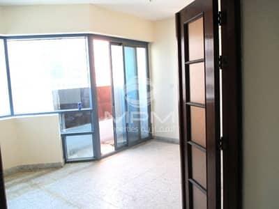 3 Bedroom Flat for Rent in Tourist Club Area (TCA), Abu Dhabi - Nice and Beautiful 3 Bedroom Apartment