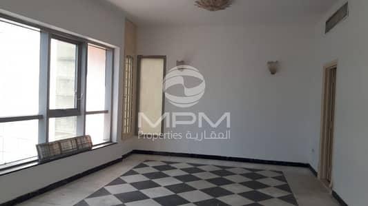 فلیٹ 3 غرفة نوم للايجار في منطقة الكورنيش، أبوظبي - Spacious