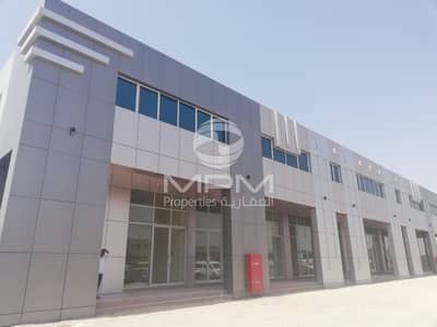 Shop for Rent in Mussafah, Abu Dhabi - 2 Month Rent Free!!! Shop Mussafah M-17 with Bath