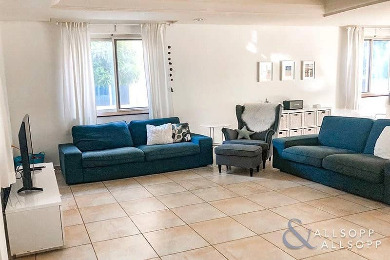 2 Oliva | 4 Bedroom | Close to Pool and Park
