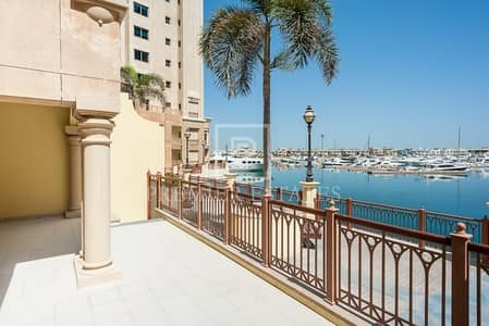 2 Bedroom Townhouse for Rent in Palm Jumeirah, Dubai - Upgraded 2BR plus Study plus Maids|Own Garage