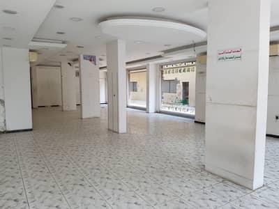 محل تجاري  للايجار في شارع الوحدة، الشارقة - محل تجاري في شارع الوحدة 75000 درهم - 4300305