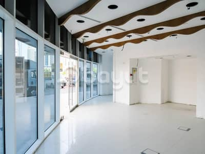 محل تجاري  للايجار في أبراج بحيرات جميرا، دبي - Negotiable Price