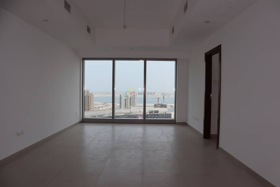 Free 1 Month!! No Commission!!2 BR Apartment with All Amenities