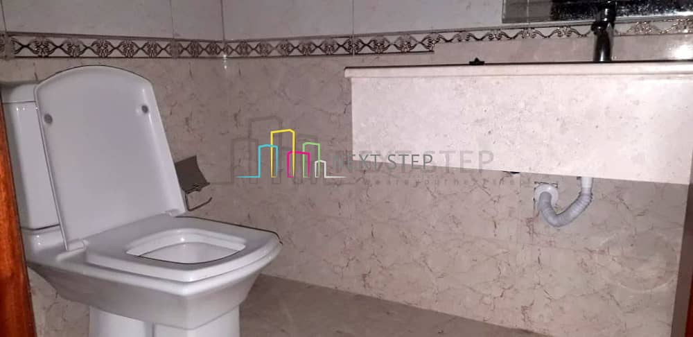 7 NEWLY RENOVATED 2BHK APARTMENT!