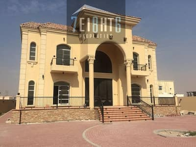 فیلا 5 غرف نوم للايجار في الخوانیج، دبي - 5 b/r high quality beautifully presented private villa + servant quarters + 2 kitchens + stunning private garden