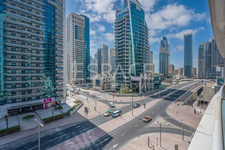 1 Bedroom Apartment for Sale in Dubai Marina, Dubai - 8% ROI | Next to Metro | Motivated Seller