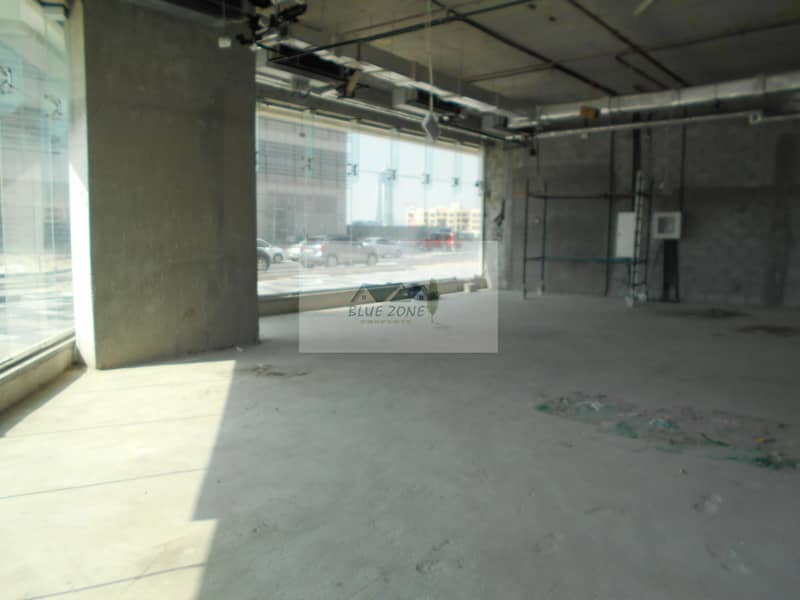 6 SHELL AND CORE SHOP APPROX 2000 SQ FT AVAILABLE  FOR BOOKING HANDOVER DATE WILL BE FROM MARCH 2020  IN 260K