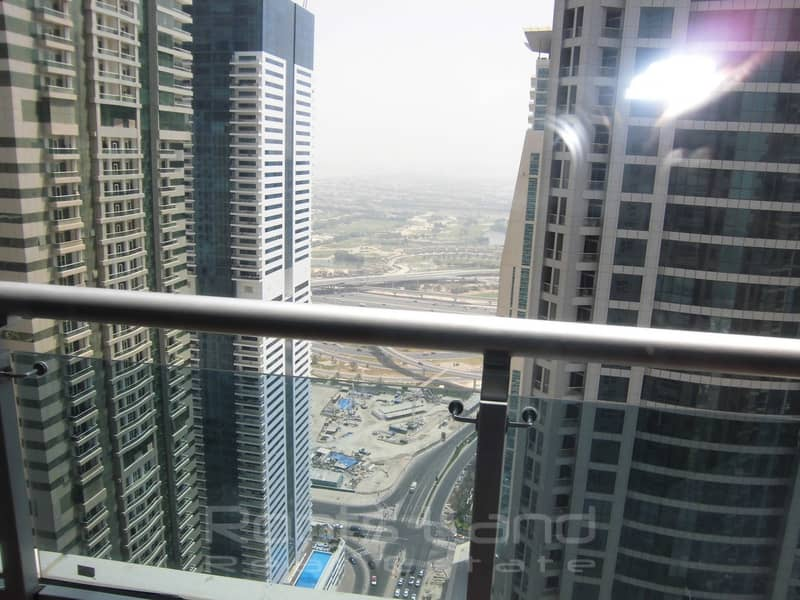 2 High Floor 1 Bedroom With Partial Marina View