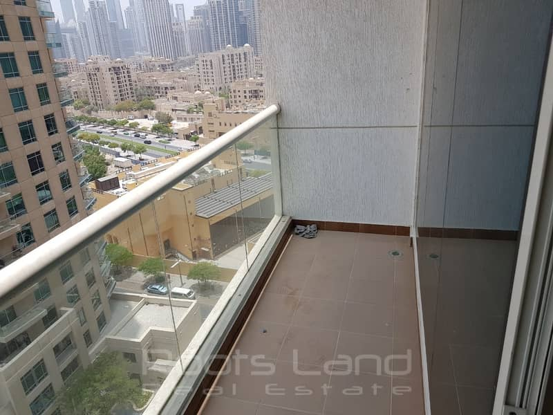 2 Downtown Studio l Balcony l Burj Al Nujoom