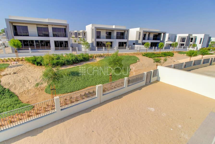 10 Motivated Seller | Brand New | 5 BR in Dubai Hills