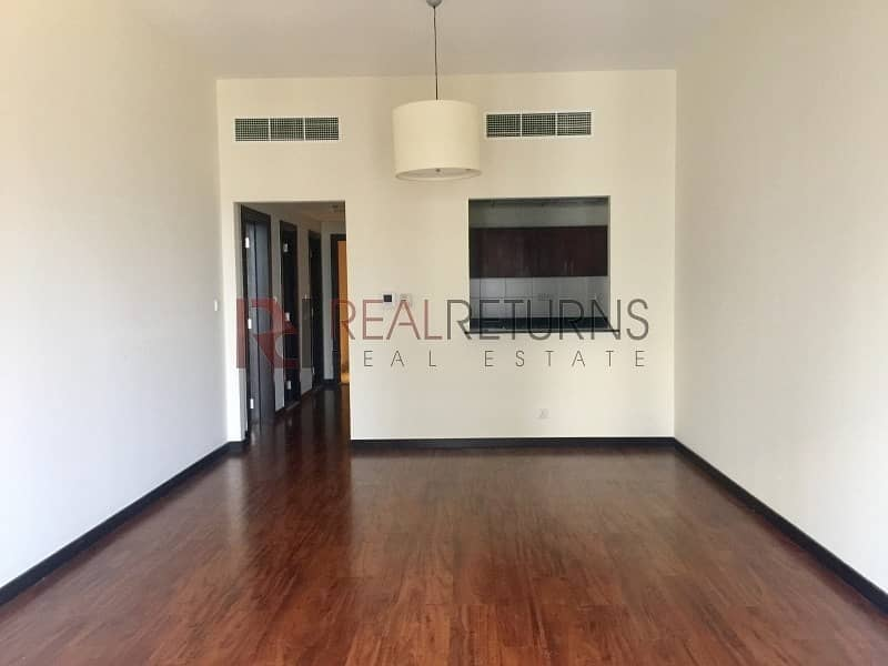 Specious Condition 1 Bed  !Unfurnished+ Chiller Free