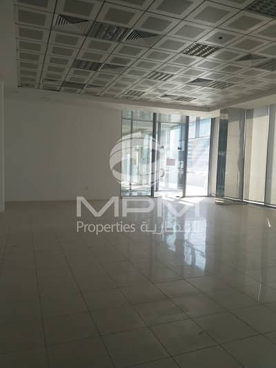 Shop for Rent in Deira, Dubai - RETAIL WITH - PRIME LOCATION & EASY ACCESS