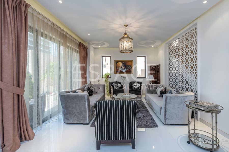 Pristine Condition | Modern Villa | Must See