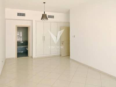 شقة 3 غرفة نوم للبيع في الخان، الشارقة - High Floor-3 Bed + Maid Apt in Al Anwar Tower-Al Khan