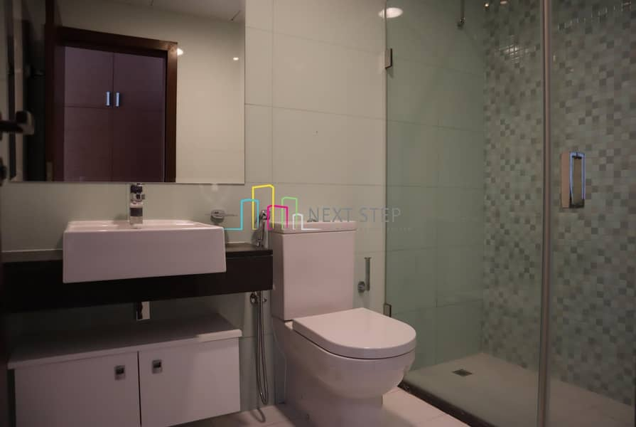 24 Prestigious 3 BR with Maids and Study Room(All Amenities)