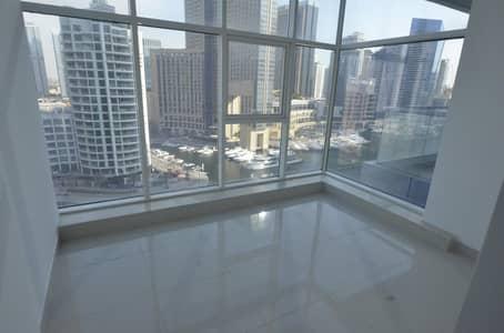 2 Bedroom Flat for Rent in Dubai Marina, Dubai - Prime Living|Full Panoramic Marina View