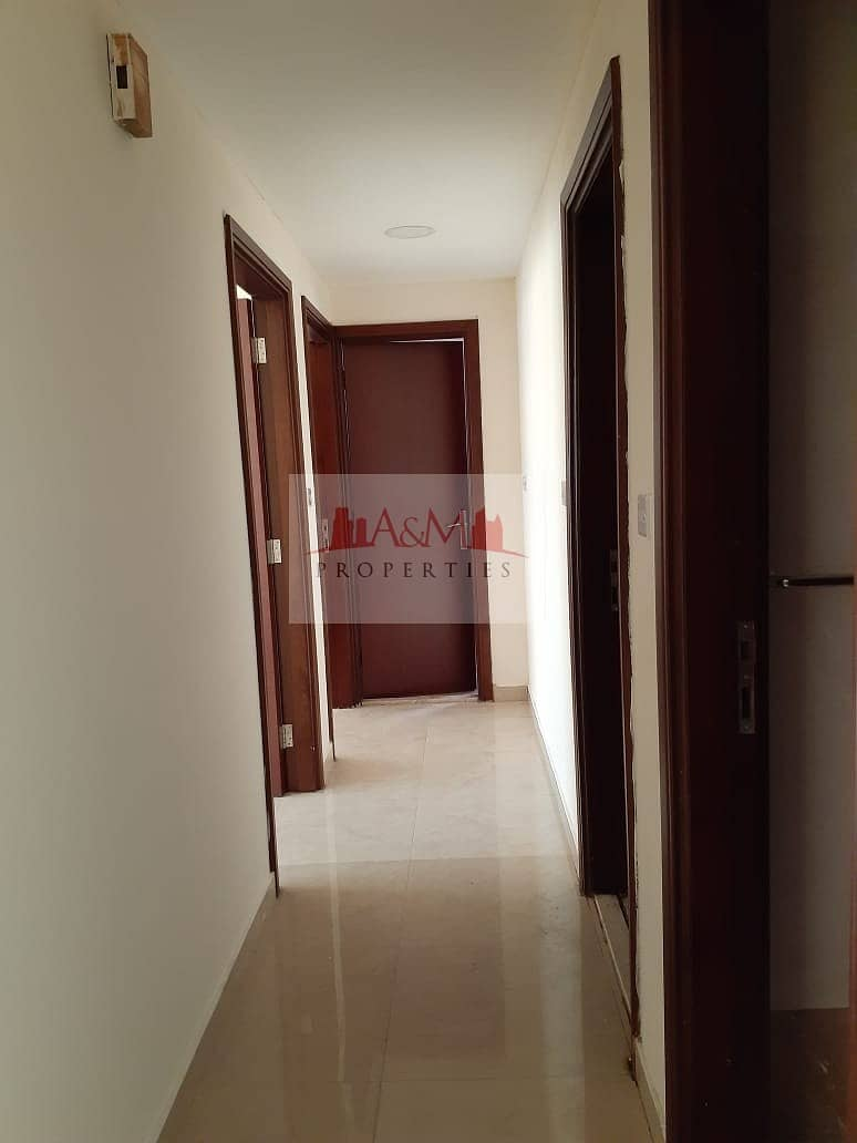 2 2bhk with balcony on delma st!