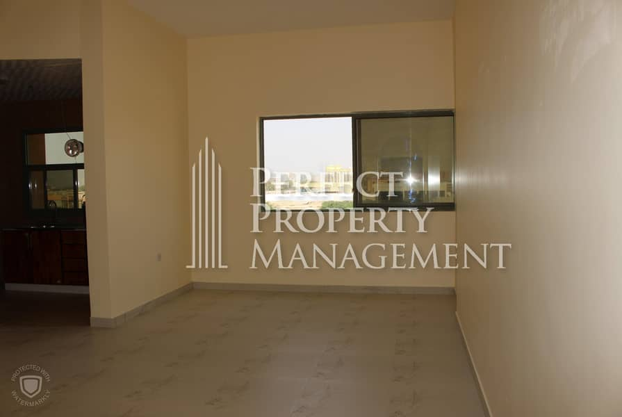 1 Studio available for rent in a brand new building - Al felaya
