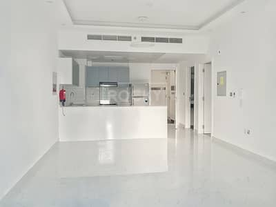 1 Bedroom Apartment for Rent in Jumeirah Village Circle (JVC), Dubai - Semi-Furnished | Pool view | Multiple Chq | Alcove