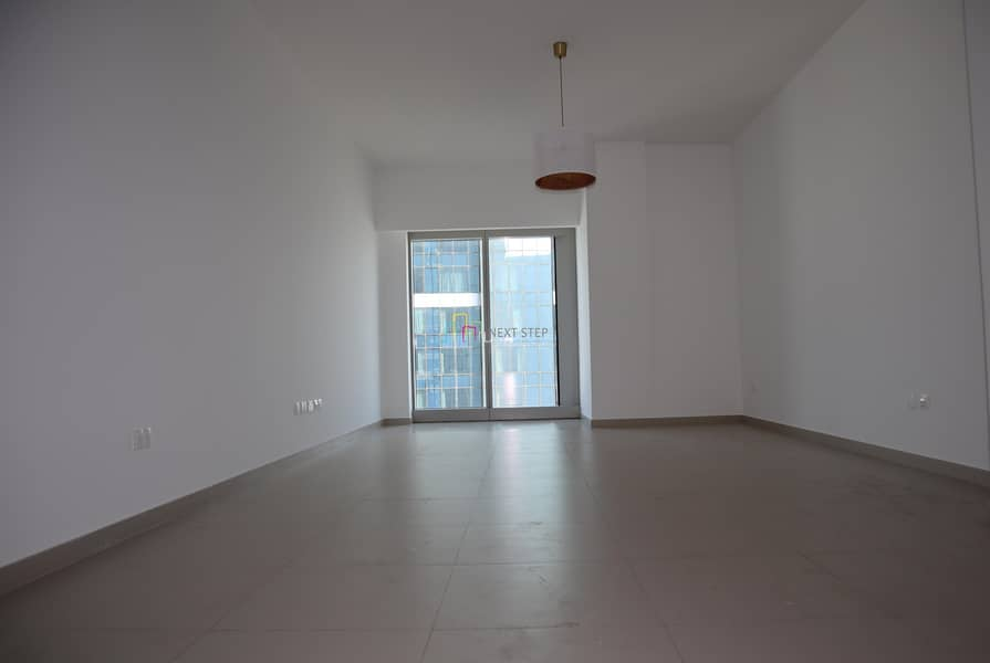 2 No Commission: 1 Month Free: 2 BR Maidsroom and Storeroom