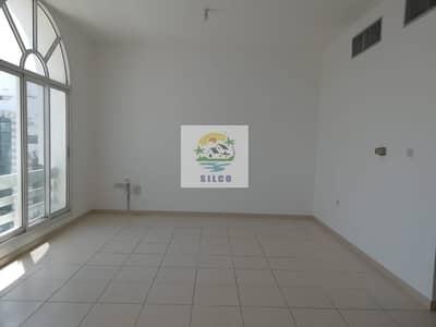 بنتهاوس 2 غرفة نوم للايجار في المناصير، أبوظبي - Hot deal! Fully renovated  in central A/c