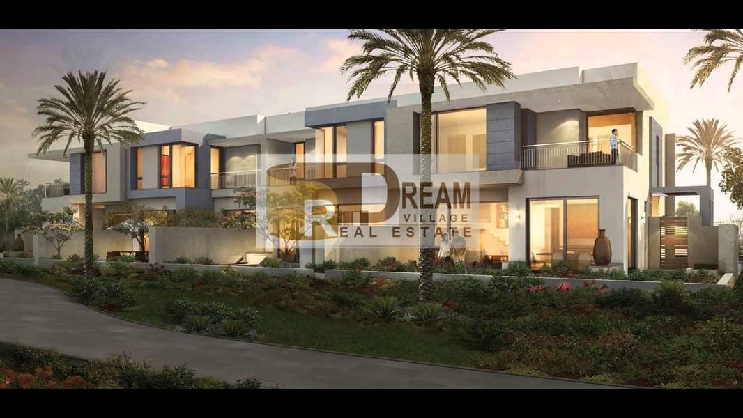 10 Exclusive villa 4 bed + maid ! best price
