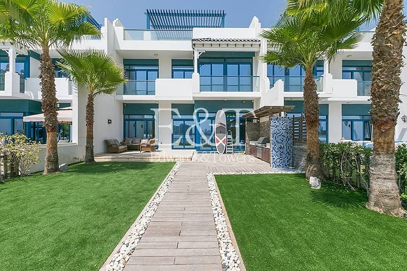2 Upgraded 5 Bed | Vacant | Beach Facing | PJ