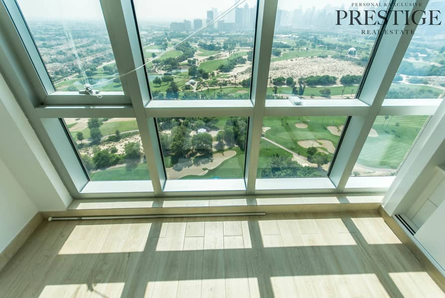 2 Full Golf Course View High Floor Fully Upgraded