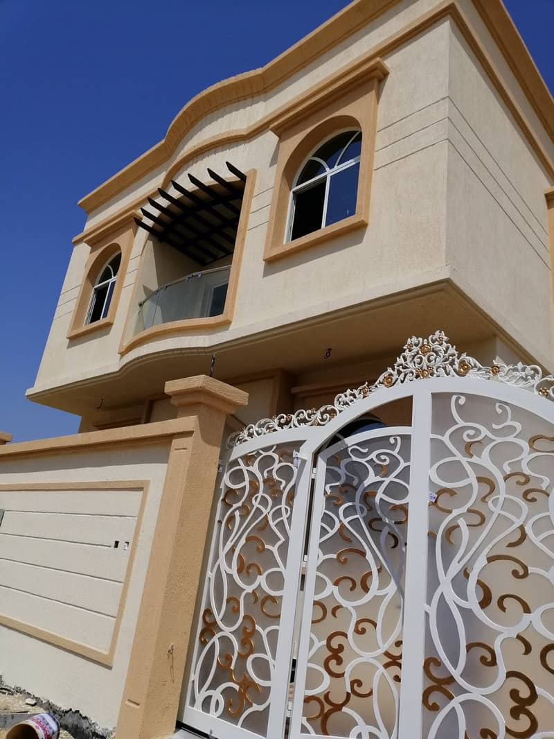 6 bhk brand new villa for sale in helio close to the main road for just aed 1,000,000