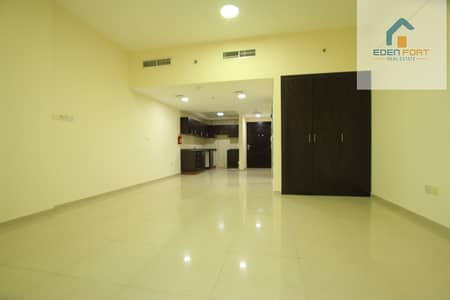 Studio for Rent in Dubai Sports City, Dubai - Huge Unfurnished Vacant Studio apartment