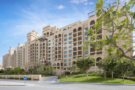 2 Bedroom Flat for Rent in Palm Jumeirah, Dubai - luxury apartment I beach access I spacious size